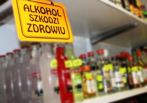 alkohol Zwolnienie z II raty  z opłaty za sprzedaż alkoholu w 2021 roku  dla przedsiębiorców branży gastronomicznej