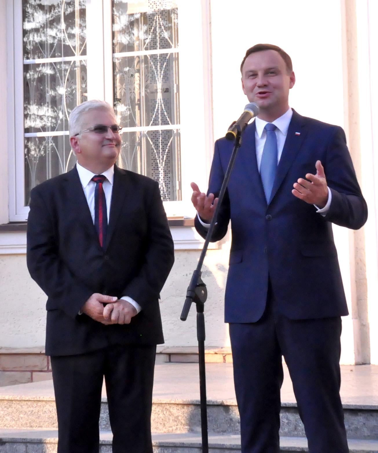 """PrezydentRP PAD """"Dziękuję za Wasze głosy"""" – Prezydent Andrzej Duda w Dąbrowie Tarnowskiej"""