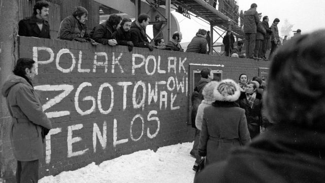 stan wojenny 38. rocznica wprowadzenia stanu wojennego   zapal światełko wolności