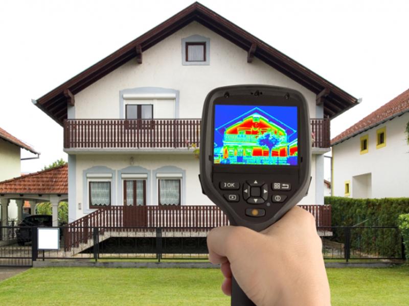 termowizja budynku termowizja domu cieple poddasze 1 Bezpłatne badanie kamerą termowizyjną możliwe dla mieszkańców gminy Dąbrowa Tarnowska
