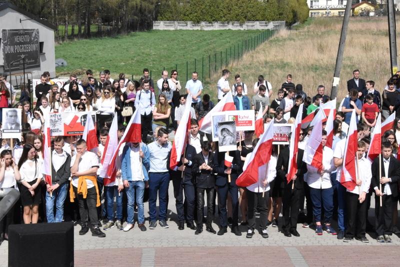 DSC 0072 Marsz pamięci i Apel Katyński w Dąbrowie Tarnowskiej
