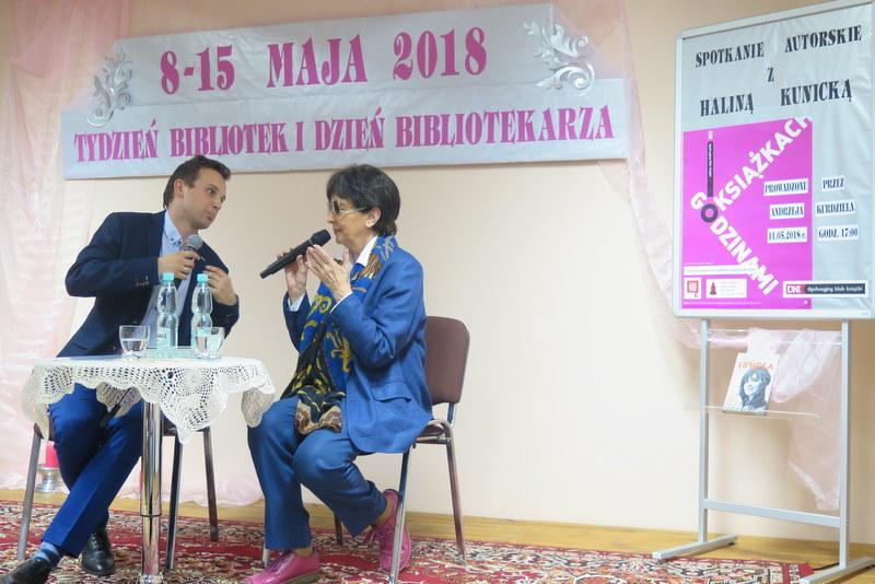 IMG 0861 Dzień Bibliotekarza w Miejskiej Bibliotece Publicznej z Haliną Kunicką
