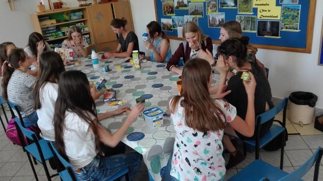 17 Niemiecki sklepik w Publicznej Szkole Podstawowej Nr 2 w Dąbrowie Tarnowskiej