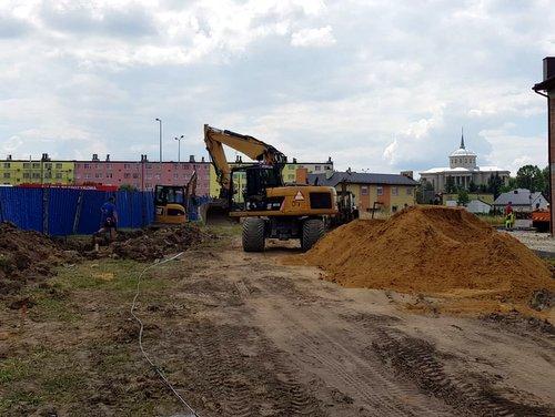 IMG 20180615 WA0011 Budowa drogi bocznej od ulicy Sucharskiego w Dąbrowie Tarnowskiej