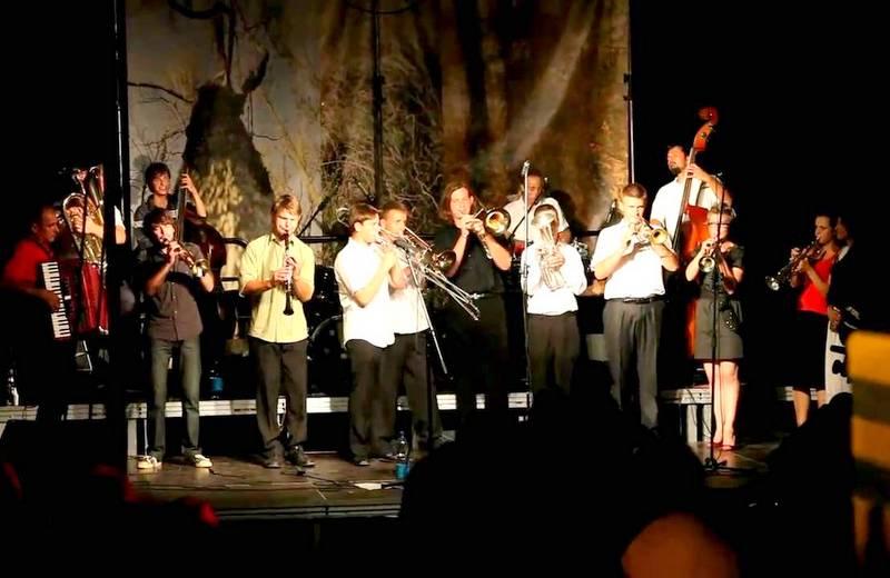 sejny2 Kolejna kulturalna niedziela z Ośrodkiem Spotkania Kultur – koncert orkiestry klezmerskiej z Teatru Sejeńskiego