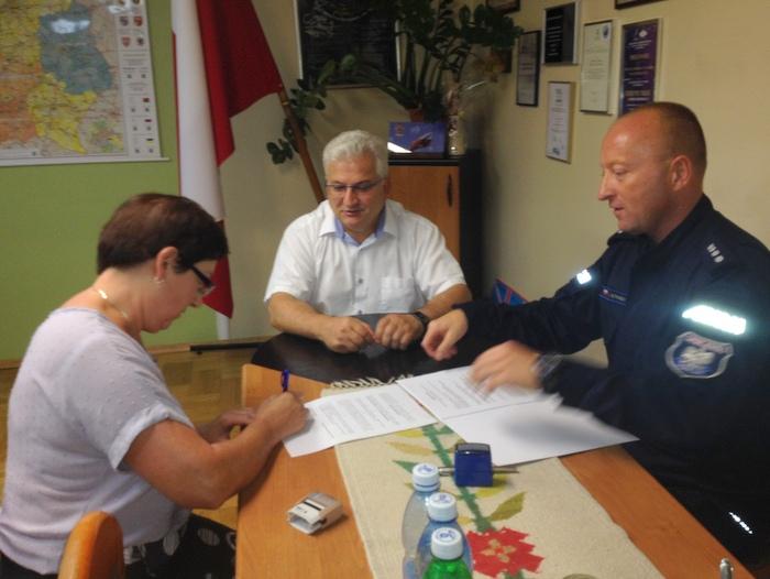 IMG 4479 Przekazanie darowizny dla Komendy Powiatowej Policji na zakup klimatyzatorów