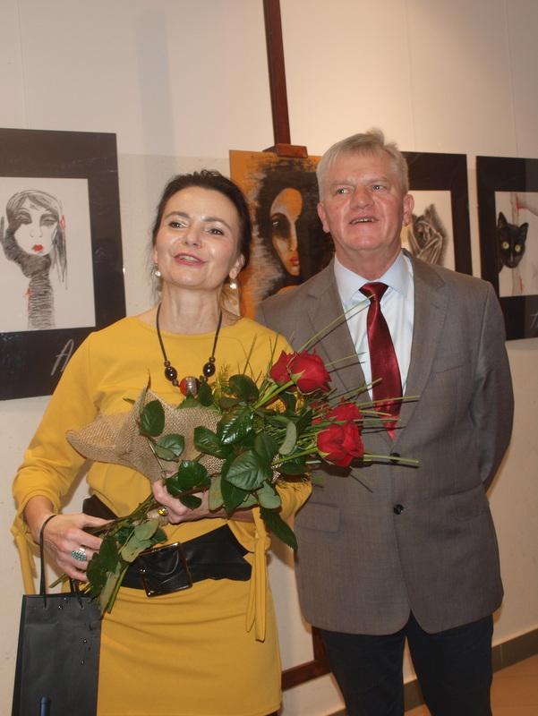 P1013546 Relacja z wernisażu prac Anny Morawiec