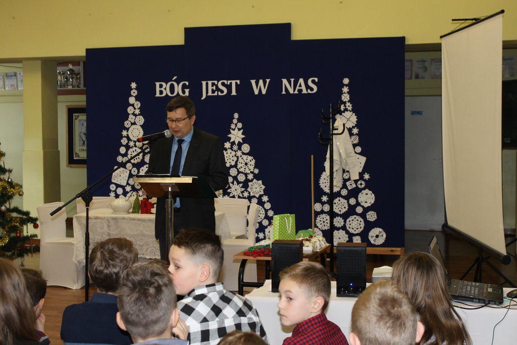 IMG 2559 Świąteczne akademie w szkołach naszej gminy