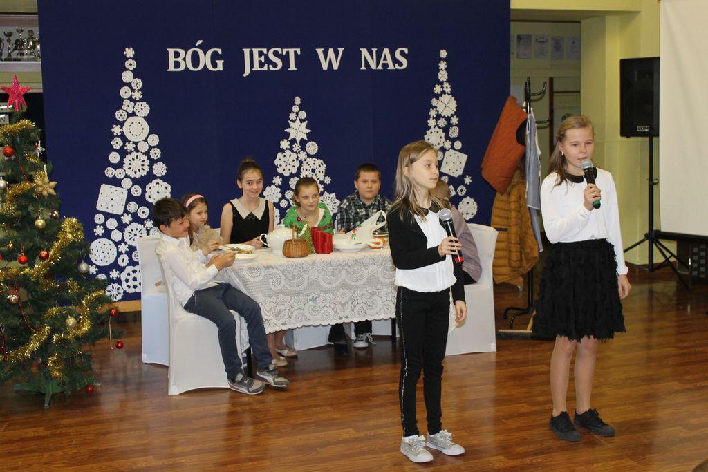 IMG 2638 Świąteczne akademie w szkołach naszej gminy