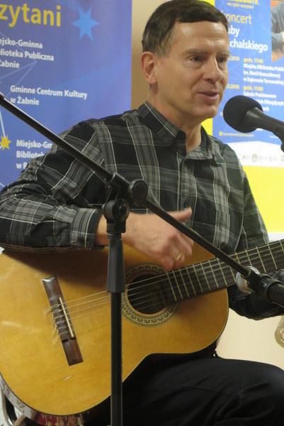 IMG 8650 Koncert niepodległościowy Kuby Michalskiego na zakończenie projektu Z gwiazdami zaczytani