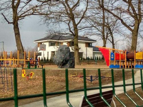 IMG 20191122 123313 Plac rekreacyjno – sportowy w Parku Miejskim oddany do użytku