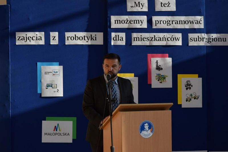 """DSC 0043 Copy """"My też możemy programować – zajęcia z robotyki dla mieszkańców subregionu tarnowskiego"""" – podsumowane projektu"""