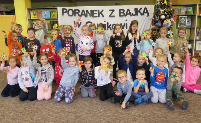 IMG 2253 Poranek z Bajką – w Miejskiej Bibliotece Publicznej jak w Guzikowie