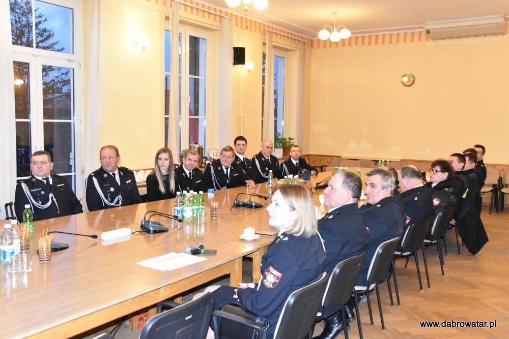 Przekazanie sprzętu dla OSP MS FS Gmina Dąbrowa Tarnowska 2020 7 Uroczyste przekazanie sprzętu jednostkom OSP z Gminy Dąbrowa Tarnowska w ramach Funduszu Sprawiedliwości Ministerstwa Sprawiedliwości