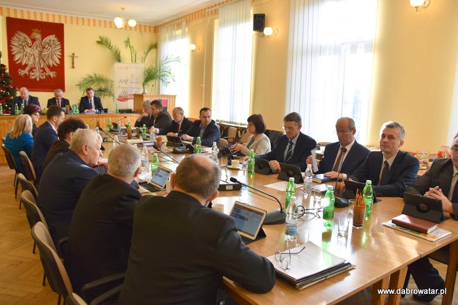 Sesja RMDT 30 12 2019 4 Gmina Dąbrowa Tarnowska z nowym budżetem na 2020 r.