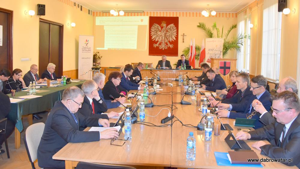 XVIII SRMDT 31 01 2020 1 XVIII sesja Rady Miejskiej w Dąbrowie Tarnowskiej z 31 stycznia 2020 r.