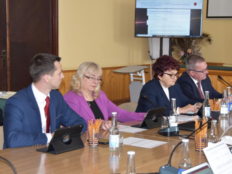 DSC 0270 XIX sesja Rady  Miejskiej w Dąbrowie Tarnowskiej