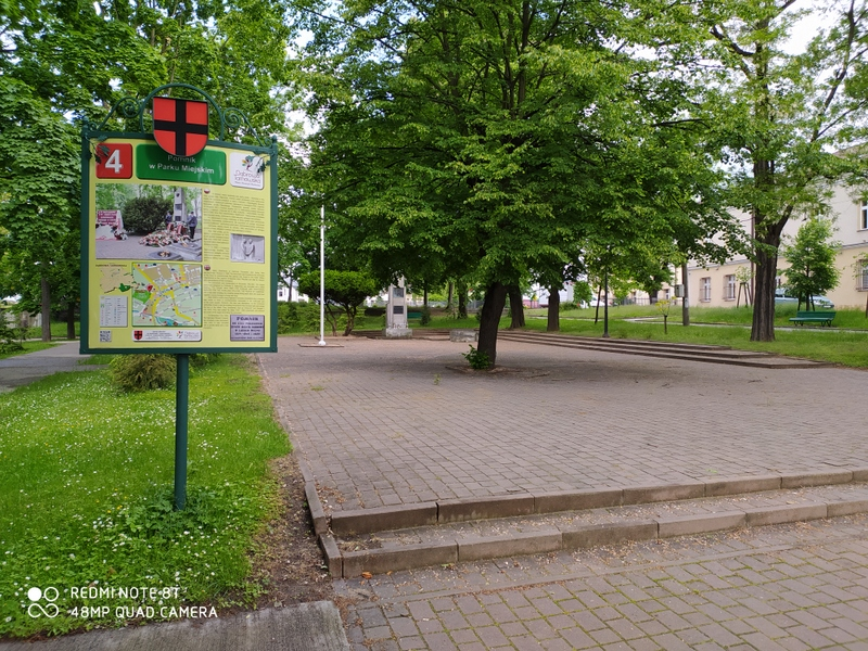 """IMG 20200529 091339 Planowana renowacja """"Placu Walczących o Niepodległą Polskę"""""""