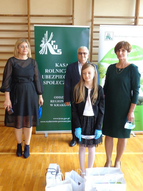 DSC04561 Finał etapu powiatowego X edycji Ogólnopolskiego Konkursu Plastycznego dla dzieci organizowanego przez Kasę Rolniczego Ubezpieczenia Społecznego