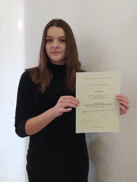 Julka Lauretaka i finaliści konkursów przedmiotowych ze Szkoły Podstawowej nr 1