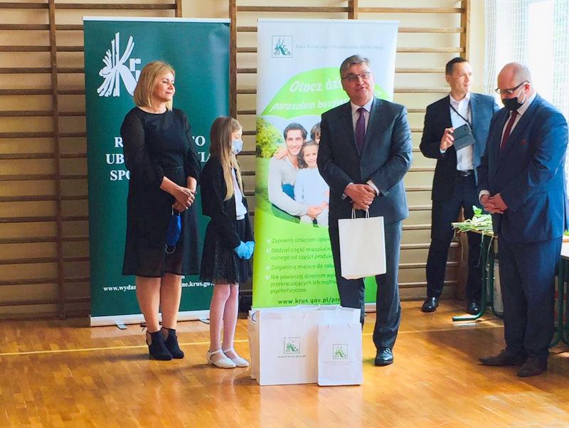 Konkurs KRUS LCh 2020 1 Finał etapu powiatowego X edycji Ogólnopolskiego Konkursu Plastycznego dla dzieci organizowanego przez Kasę Rolniczego Ubezpieczenia Społecznego