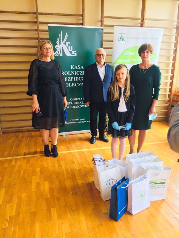 Konkurs KRUS LCh 2020 17 Finał etapu powiatowego X edycji Ogólnopolskiego Konkursu Plastycznego dla dzieci organizowanego przez Kasę Rolniczego Ubezpieczenia Społecznego