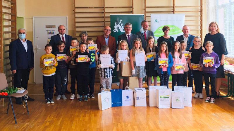 Konkurs KRUS LCh 2020 5 Finał etapu powiatowego X edycji Ogólnopolskiego Konkursu Plastycznego dla dzieci organizowanego przez Kasę Rolniczego Ubezpieczenia Społecznego