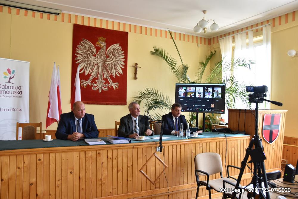 XXII Sesja RMDT 23 07 2020 2 Burmistrz Dąbrowy Tarnowskiej szósty raz z wotum zaufania i absolutorium