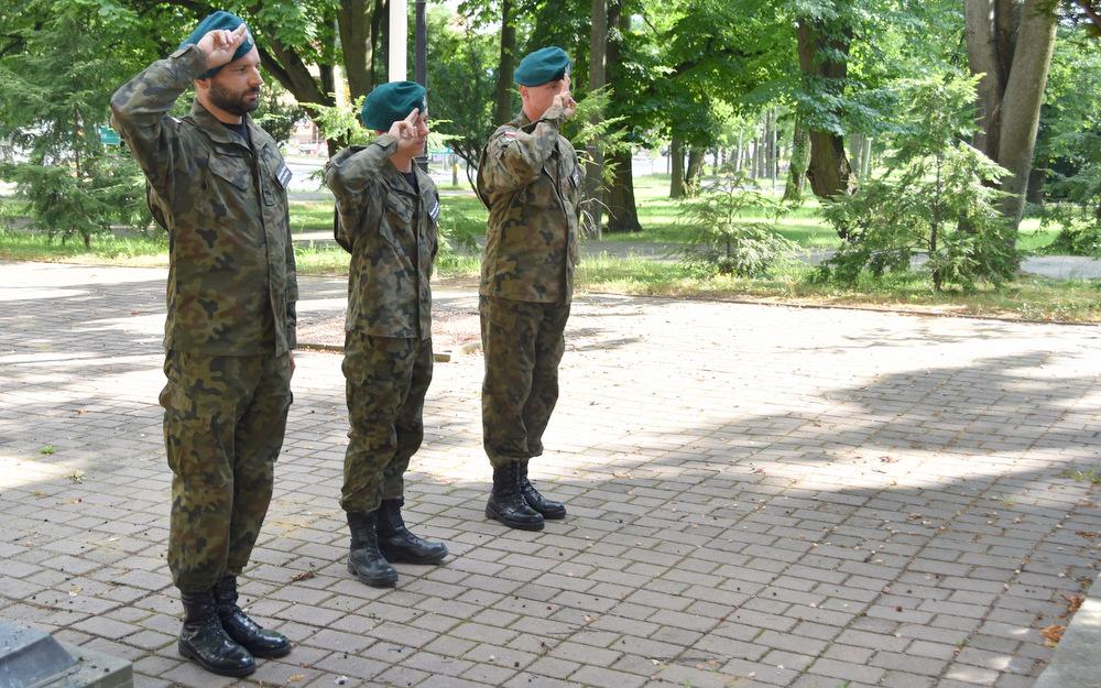 DąbrowaTarnowska 1 sierpnia 2020 76 Rocznica PW 12 Samorządowcy i dąbrowscy Strzelcy JS 2083 oddali hołd bohaterom Powstania Warszawskiego