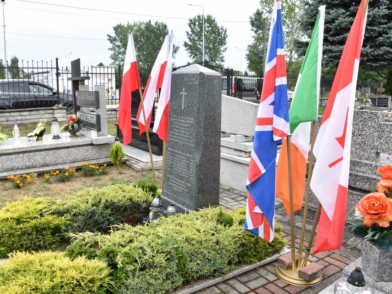 DSC 0377 Dąbrowa Tarnowska uczciła pamięć lotników Halifaxa