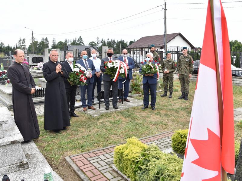 DSC 0379 Dąbrowa Tarnowska uczciła pamięć lotników Halifaxa