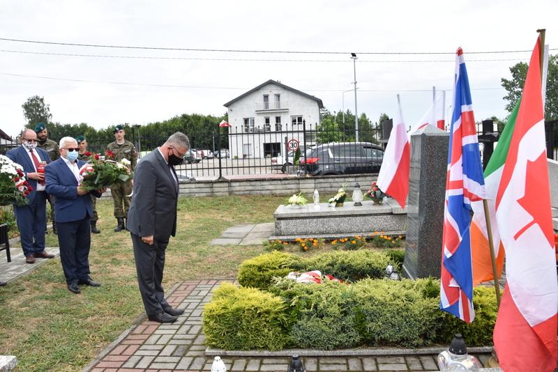 DSC 0385 Dąbrowa Tarnowska uczciła pamięć lotników Halifaxa