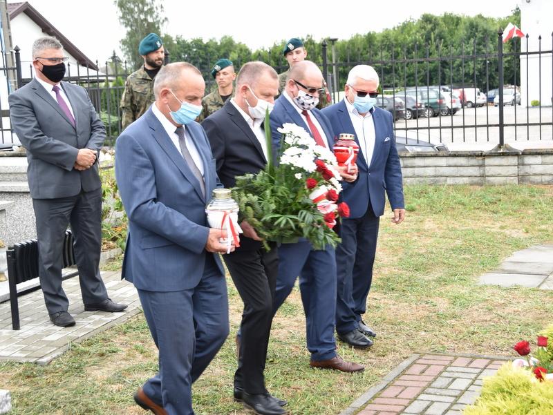 DSC 0395 Dąbrowa Tarnowska uczciła pamięć lotników Halifaxa