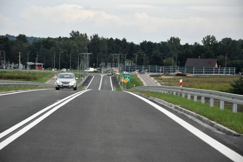 5f56596bb0ff8 p Obwodnica Dąbrowy Tarnowskiej otwarta dla kierowców