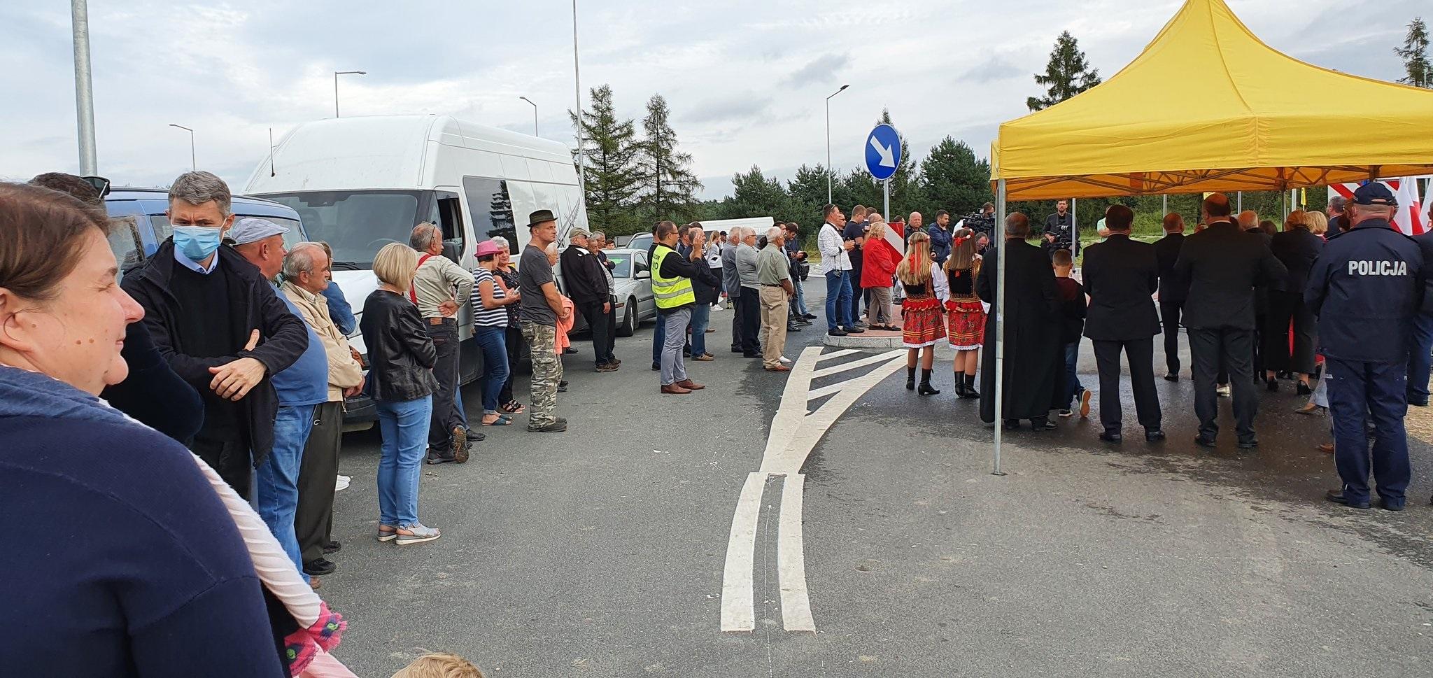 EhUiWqiXgAAzjL0 Obwodnica Dąbrowy Tarnowskiej otwarta dla kierowców