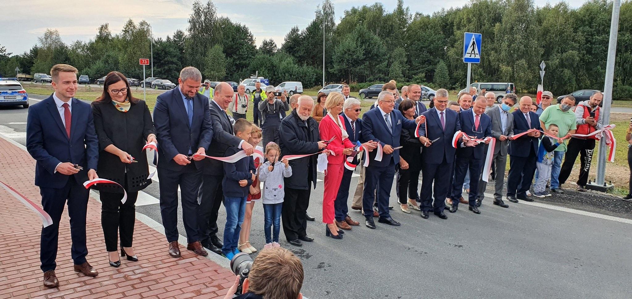 EhVazrsXsAAVo6M Obwodnica Dąbrowy Tarnowskiej otwarta dla kierowców