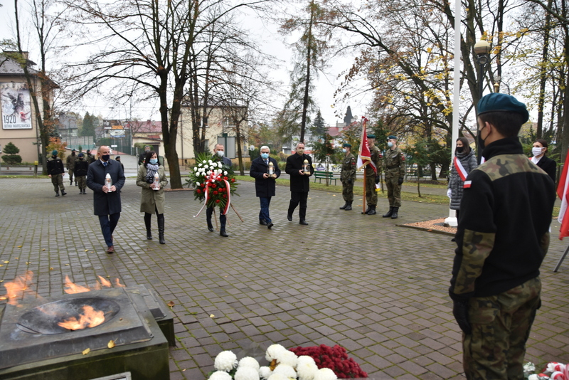 DSC 0264 Dąbrowskie obchody 102. rocznicy odzyskania niepodległości przez Polskę