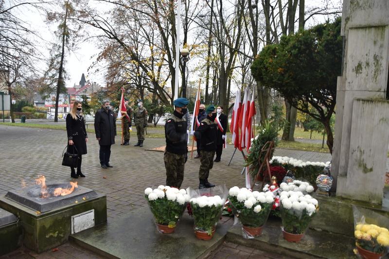 DSC 0279 Dąbrowskie obchody 102. rocznicy odzyskania niepodległości przez Polskę