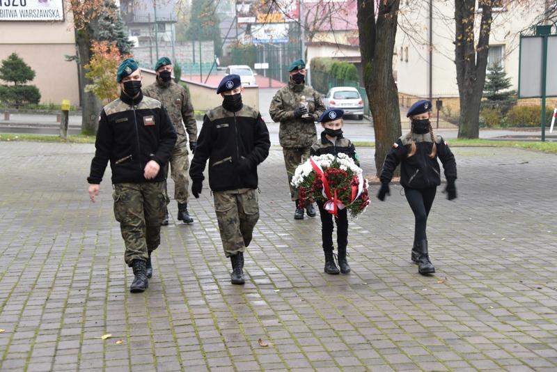 DSC 0280 Dąbrowskie obchody 102. rocznicy odzyskania niepodległości przez Polskę