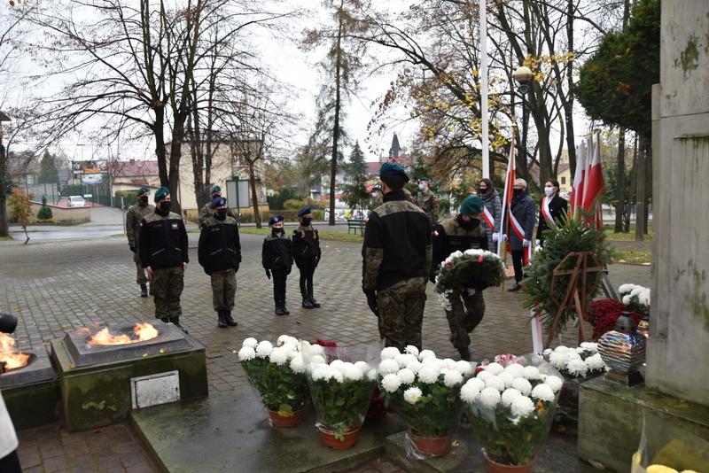 DSC 0282 Dąbrowskie obchody 102. rocznicy odzyskania niepodległości przez Polskę