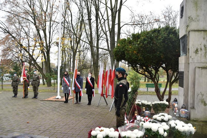 DSC 0286 Dąbrowskie obchody 102. rocznicy odzyskania niepodległości przez Polskę