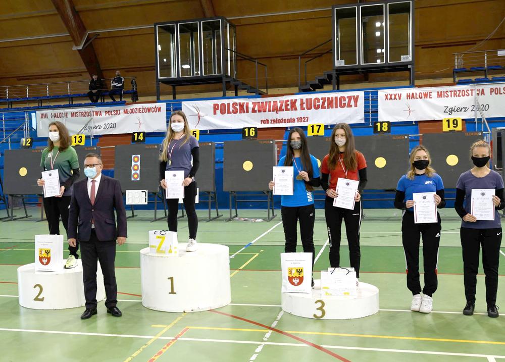 Medale dąbrowskich łuczników na Halowych Mistrzostwach Polski Juniorów 1 Medale dąbrowskich łuczników na Halowych Mistrzostwach Polski Juniorów
