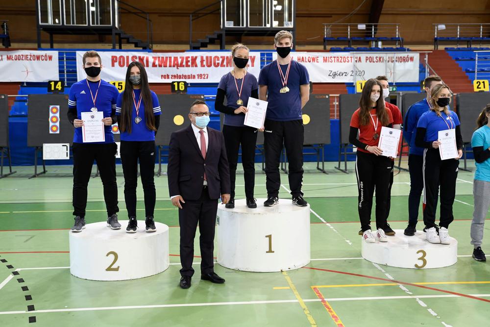 Medale dąbrowskich łuczników na Halowych Mistrzostwach Polski Juniorów 2 Medale dąbrowskich łuczników na Halowych Mistrzostwach Polski Juniorów