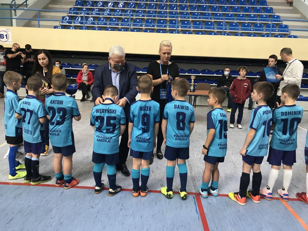 VII DDJ 2020 8 Podsumowanie piłkarskich turniejów Dąbrowska Dębowa Jesień 2020