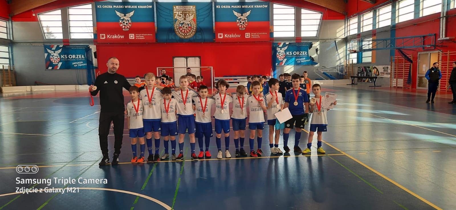FA Dąbrowa Tarnowska Turniej SMOKA Kraków 01 2021 Football Academy na Turnieju SMOKA w Krakowie