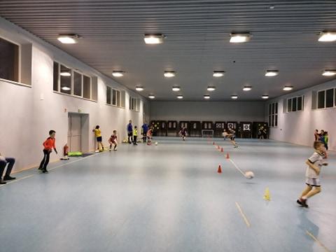hala 1 Dąbrovia zaprasza dzieci i młodzież na treningi
