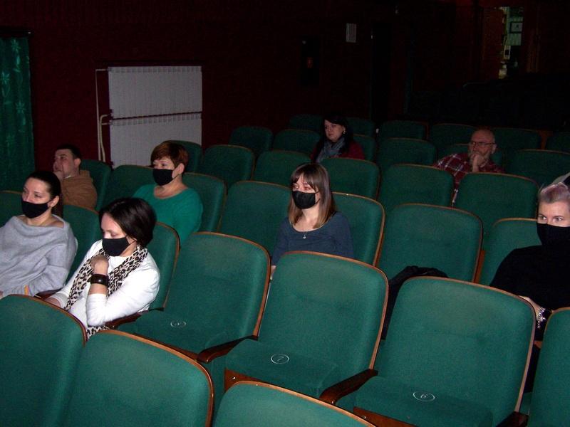 1 100 8136 Spotkanie animatora Narodowego Centrum Kultury z Burmistrzem Dąbrowy Tarnowskiej i załogą Dąbrowskiego Domu Kultury