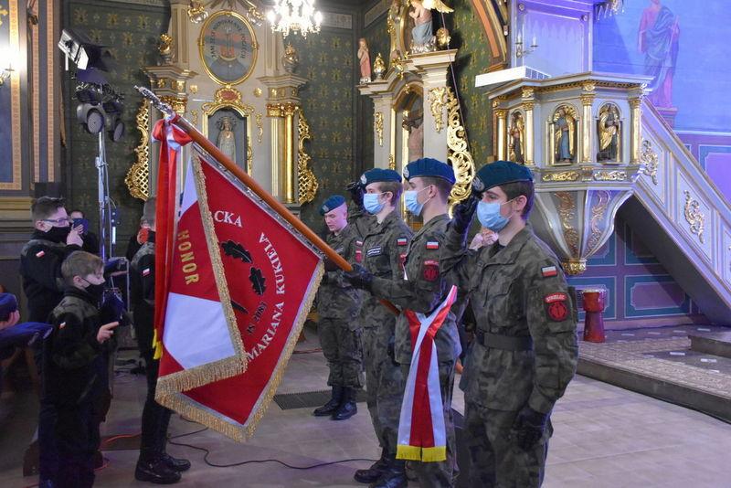 1 Koncert 01 Wspaniały koncert pieśni patriotycznych poświęcony pamięci Żołnierzy Niezłomnych