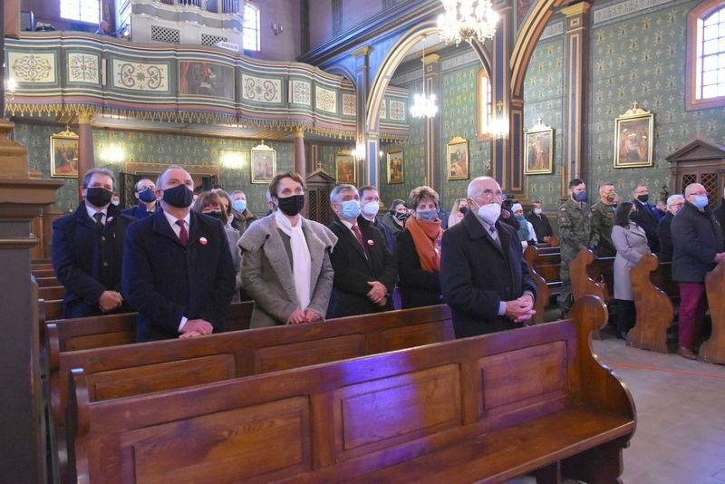1 Koncert 09 Wspaniały koncert pieśni patriotycznych poświęcony pamięci Żołnierzy Niezłomnych