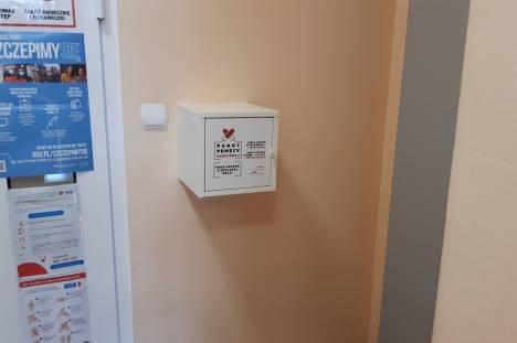 Punkt pomocy okresowej 01 Mała szafka wielkiej pomocy w Miejskim Ośrodku Pomocy Społecznej i Wsparcia Rodziny